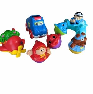 Lot of Weebles plus other small toys
